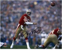 Joe Montana San Francisco 49ers Autographed 8'' x 10'' Forward Pass Photograph  - Mounted Memories
