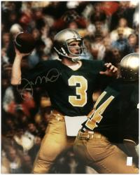 Joe Montana Notre Dame Fighting Irish Autographed 16'' x 20'' Throw Photograph - Mounted Memories