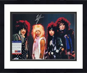 Motley Crue singer Vince Neil autograph signed 11x14 band photo ~PSA Witness COA