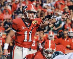 Aaron Murray Georgia Bulldogs Autographed 8'' x 10'' Pointing Photograph - Mounted Memories