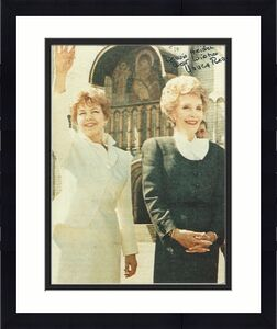 NANCY REAGAN - Wife of RONALD REAGAN and was FIRST LADY of the UNITED STATES from 1981 to 1989 (Passed Away 2016) Inscribed to a Fan - Signed 8x10 Color Photo