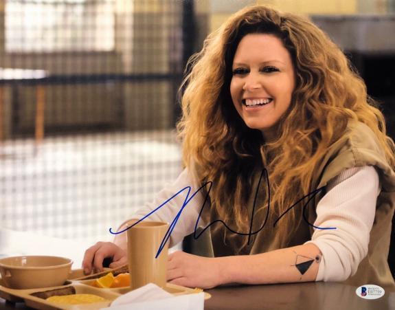 Natasha Lyonne Signed 'Orange Is The New Black' 11x14 Photo BAS Beckett E07759