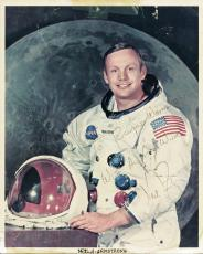 Neil Armstrong Signed 8x10 Photo Nasa First On Moon Jsa X74896 & Psa/dna T11151