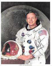 Neil Armstrong signed 8x10 photo! Official NASA Apollo 11 Photo! PSA/DNA LOA!