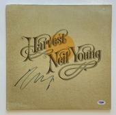 "Neil Young Autographed album ""Harvest"" signed by Neil Young PSA DNA COA [CSNY]"