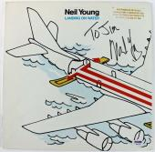 Neil Young Landing On Water Signed Album Cover W/ Vinyl PSA/DNA #Q45758
