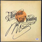 Neil Young Signed Autographed Harvest Record Album Csny Psa/dna Coa Ab81173
