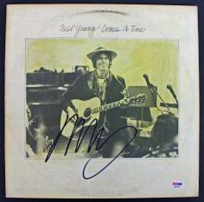 Neil Young Signed 'Comes A Time' Album Cover PSA/DNA #AB81056