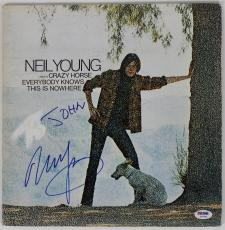 Neil Young Signed Everybody Knows This Is Nowhere Record Album Psa/dna #z57322