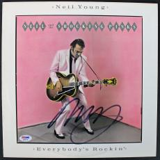 Neil Young Signed Everybody's Rockin Album Cover PSA/DNA #AA84128