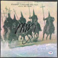 Neil Young Signed Journey Through The Past Record Album Psa/dna Ab81171