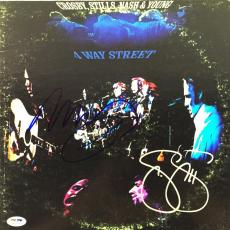 Neil Young & Stephen Stills Signed 4-way Street Album Cover Csny Psa/dna #w04898