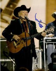 Willie Nelson Autographed 11'' x 14'' Wearing Black Blazer Guitar Photograph