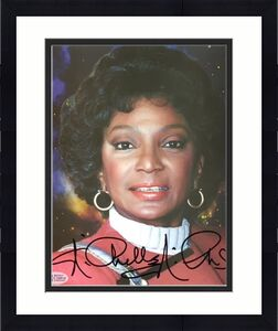 NICHELLE NICHOLS Uhura Autograph STAR TREK Signed 8x10 Photo #1 BAS Beckett COA