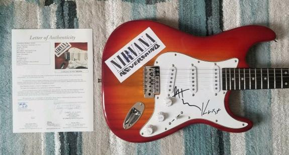 Nirvana X3 Signed Guitar Dave Grohl, Krist Novoselic And Pat Smear With Jsa Coa
