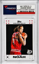 Joakim Noah Chicago Bulls Autographed 2007-08 Topps Rookie #9 Card