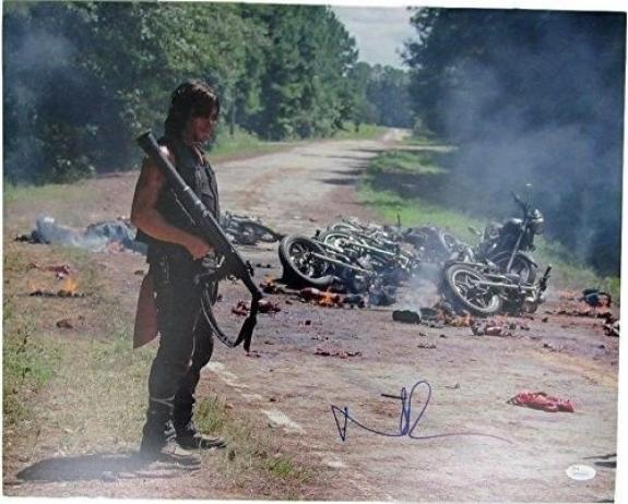 Norman Reedus Daryl Dixon The Walking Dead Auto/Signed 16x20 Photo JSA 129328