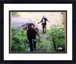 "Norman Reedus Daryl Dixon ""THE WALKING DEAD"" Signed 11x14 Photo PSA/DNA COA #6"