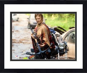 "Norman Reedus Daryl Dixon ""THE WALKING DEAD"" Signed 11x14 Photo PSA/DNA COA #9"