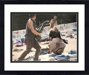 Norman Reedus Signed 11x14 Photo Walking Dead Beckett Bas Autograph Auto B