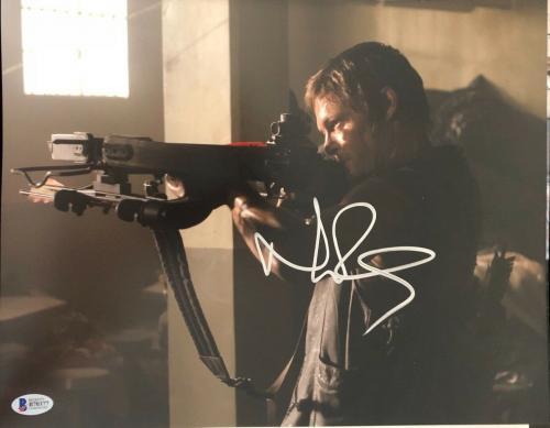 Norman Reedus Signed 11x14 Photo Walking Dead Beckett Bas Autograph Auto E