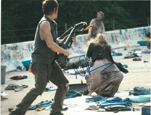 Norman Reedus Signed 11x14 Photo Walking Dead Beckett Bas Autograph Auto L