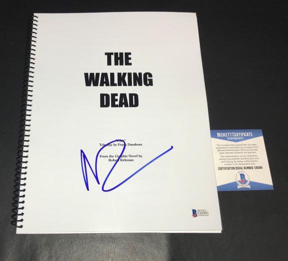 Norman Reedus Signed Auto Full The Walking Dead Pilot Script  Bas Coa 1