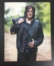 NORMAN REEDUS SIGNED AUTO THE WALKING DEAD DARYL DIXON 11x14 PHOTO PROOF COA 16