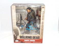 Norman Reedus Signed Daryl Dixon The Walking Dead Mcfarlane Figure Psa Dna