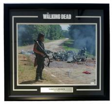 Norman Reedus Signed Framed The Walking Dead Daryl Dixon Carnage 25x27 Photo JSA