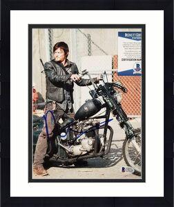 NORMAN REEDUS Signed The Walking Dead 8x10 Photo Autograph (A) ~ Beckett BAS COA