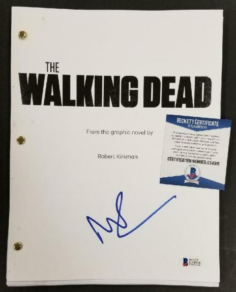 Norman Reedus signed The Walking Dead Book Script Autograph B ~ Beckett BAS COA
