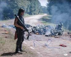 Norman Reedus Signed The Walking Dead Daryl Dixon Carnage 16x20 Photo JSA