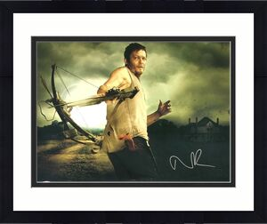 Norman Reedus Signed The Walking Dead Daryl Dixon Crossbow 16x20 Photo JSA