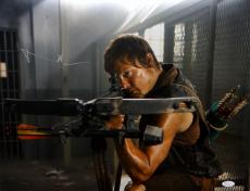 Norman Reedus Signed Walking Dead 16x20 Crouching With Crossbow Photo-JSA Auth