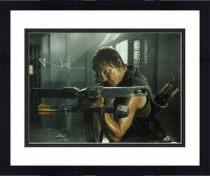 "Norman Reedus Signed ""walking Dead"" Daryl Dixon 16x20 Photo 16956 (quiver) Jsa"