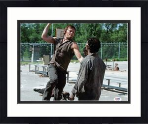 Norman Reedus The Walking Dead Signed 11x14 Photo PSA/DNA #AC67735