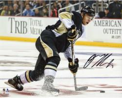 "Olli Maatta Pittsburgh Penguins Autographed Black Jersey Shooting 8"" x 10"" Photograph"