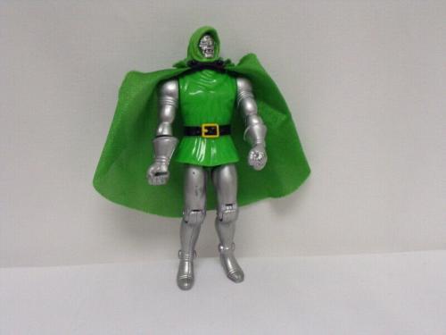 ORIGINAL Vintage 1990 Toy Biz Marvel Doctor Doom Action Figure