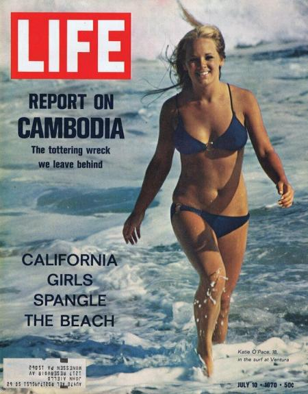 ORIGINAL Vintage Life Magazine July 10 1970 California Beach Bikini Girls