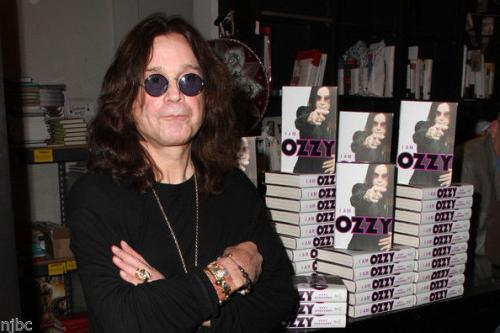 """Ozzy Osbourne Signed Autographed  Book """"i Am Ozzy"""" + 10 Real Photos From Signing"""