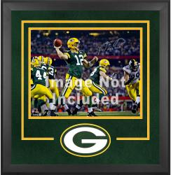 Green Bay Packers Deluxe 16'' x 20'' Horizontal Photograph Frame with Team Logo - Mounted Memories