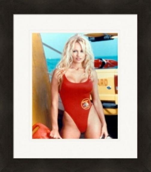 Pamela Anderson 8x10 photo (Baywatch) Image #1 Matted & Framed