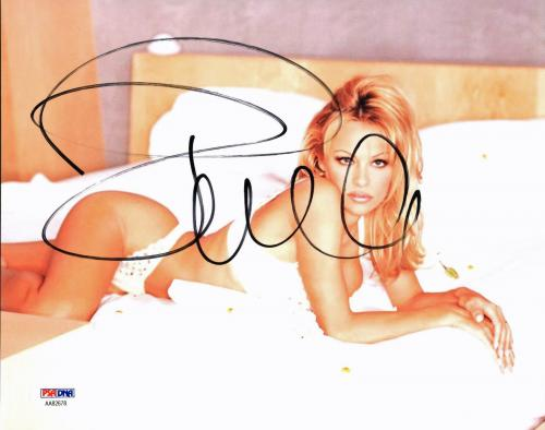 Pamela Anderson Sexy Signed 8X10 Photo Autographed PSA/DNA #AA82678