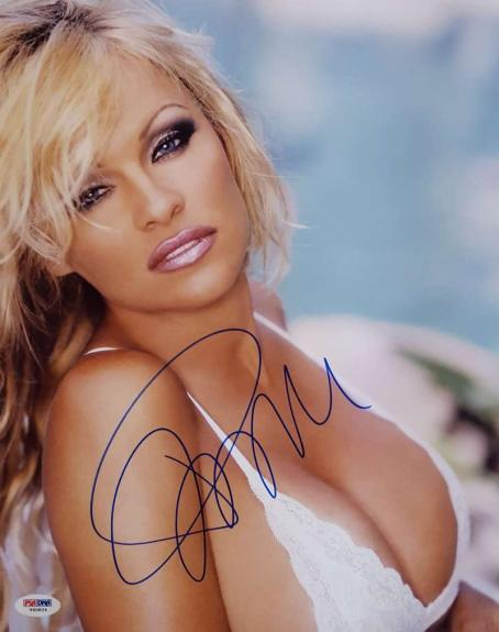 Pamela Anderson Signed 11x14 Photo PSA/DNA V60824 Playboy Playmate Pam Anderson