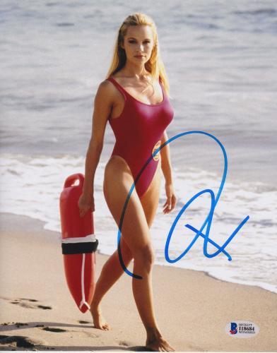 Pamela Anderson Signed 8x10 Photo - Pam Baywatch Swimsuit Walking Beckett BAS