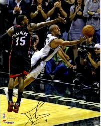 Tony Parker San Antonio Spurs 2014 NBA Finals Autographed 16'' x 20'' Diving For Ball Photograph - Mounted Memories