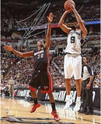 Tony Parker San Antonio Spurs 2014 NBA Finals Autographed 8'' x 10'' Jump Shot Photograph - Mounted Memories