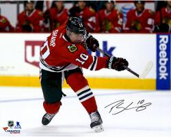 "Patrick Sharp Chicago Blackhawks Autographed Red Jersey Shooting 16"" x 20"" Photograph"