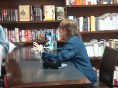 """Patti Smith Autographed """"just Kids"""" Hardcover Book Signed At Barnes & Noble Ny"""